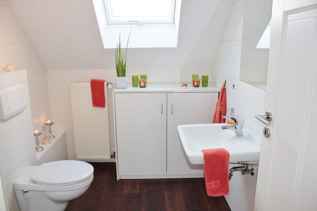 Jakie udogodnienia zastosować w łazience?
