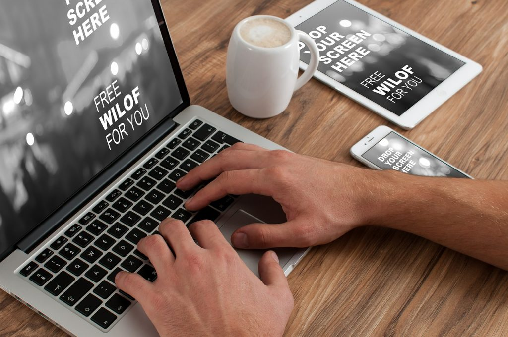 Czym jest opieka informatyczna dla firm?