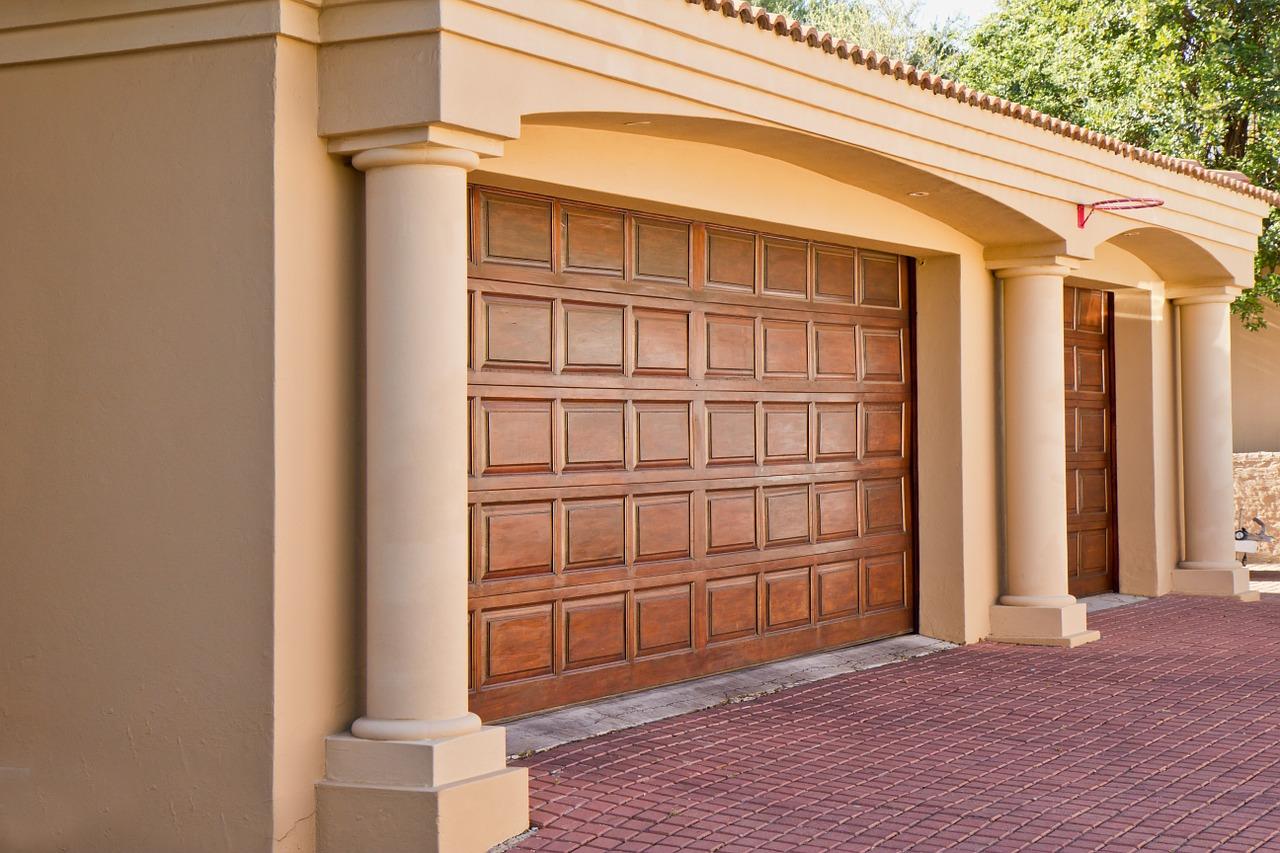 Bezpieczne i komfortowe w użytkowaniu bramy garażowe
